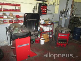 pneu cr hange garage auto service alain centre de montage allopneus. Black Bedroom Furniture Sets. Home Design Ideas