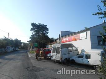 centre montage de pneus SAINT PIERRE DE TRIVISY