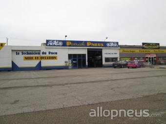 centre montage de pneus MONTAGNAT