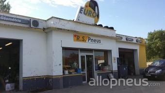 centre montage de pneus SALINDRES