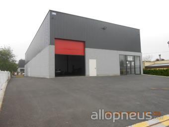 Pneu roncq g5 auto centre de montage allopneus for Garage fm auto roncq avis