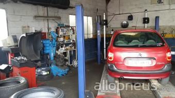 Pneu aurillac garage tourlan et fils centre de for Garage automobile aurillac