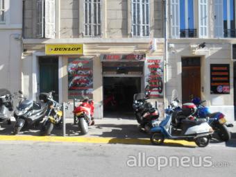 Pneu marseille racing moto 13 centre de montage for Garage moto marseille