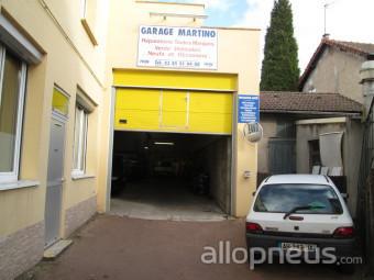 Pneu le creusot garage martino charles centre de for Garage ad pneu