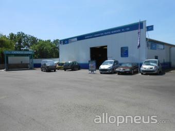 centre montage de pneus AUVERS LE HAMON