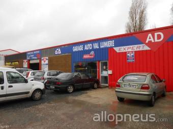 Pneu vaux sur mer auto val lumiere centre de montage for Garage nies vals