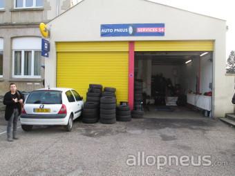 centre montage de pneus HOMECOURT