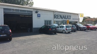 pneu colombiers garage bertrand agent renault centre de montage allopneus. Black Bedroom Furniture Sets. Home Design Ideas