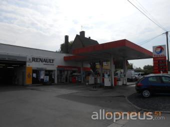 Pneu wavrin sarl garage de la vallee centre de montage allopneus - Garage de la vallee pouzauges ...