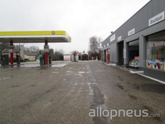 Pneu saint tienne du bois garage cira station total for Garage st etienne