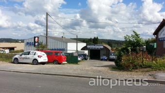 Pneu vauxbuin garage depannage saint yves centre de for Garage pneu paris