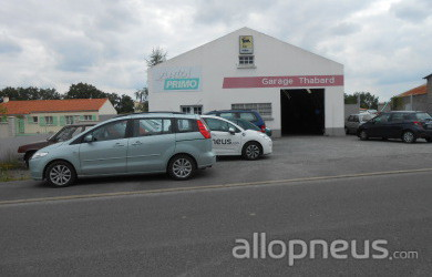 Pneu saint tienne de mer morte garage thabard for Garage saint etienne
