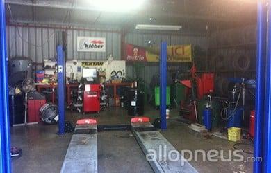 centre montage de pneus MONTFERMEIL