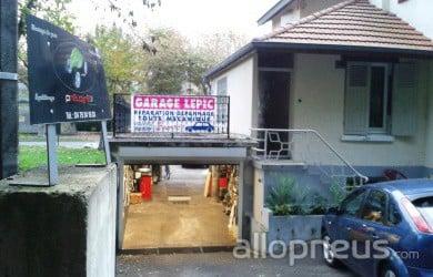 pneu aix les bains garage lepic pneugenie centre de montage allopneus. Black Bedroom Furniture Sets. Home Design Ideas
